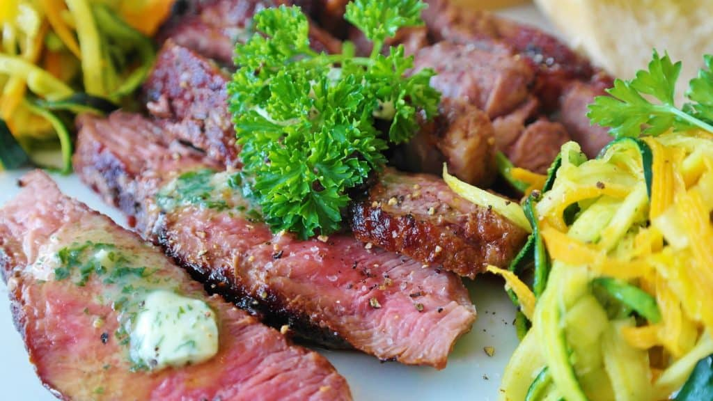 3 Juicy Steak Recipes For House Party